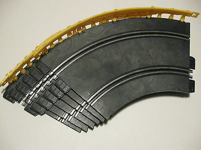 Strombecker Curves and guardrails for 1/32 scale Strombecker Races tracks No.2