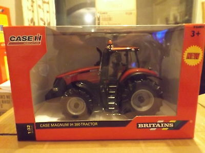 Britains  1;32 Scale  Case Magnum Ih 380 Tractor   New    Boxed