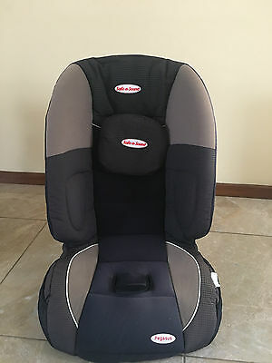 Booster seat Safe n Sound excellent used condition clean