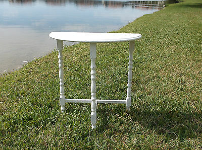 """Antique Style Vintage """"shabby Chic"""" Demi-Lune Spindle Leg Side Table"""