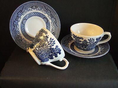 Pair of Vintage Churchill  Willow Pattern  Blue & White Tea Cups & Saucers