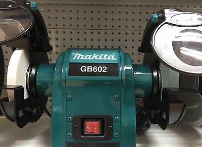 Bench Grinder Makita 250W 150 x 16mm cosmetic Wheel covers Power Tools GB602