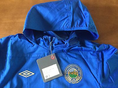 Linfield FC junior training shower jacket. Size LB for age approx. 12-13 yr NEW