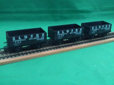 "Dapol/mainline/hornby Rake Of 7-Plank Elders ""cardiff"" Wagons X 3 V.g.c Un-Boxed"