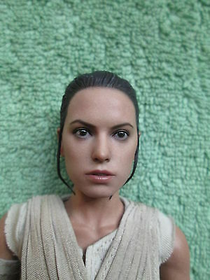1:6 Scale HOT TOYS MMS336 STAR WARS The Force Awakens - Head Sculpt Rey