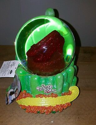Wizard of Oz Ruby Slippers Musical Snowglobe by Westland Giftware VERY RARE