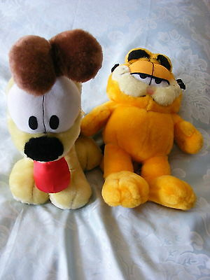 "Modern 11"" Garfield And Odie Soft Toys"