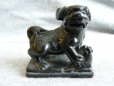 Antique Chinese / Japanese ? dog of Foo figure – Stone / Black Jade ? – JJ/15A
