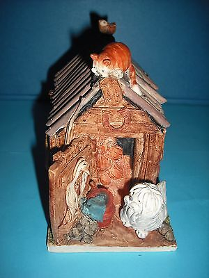 Vintage 1986 Peter Fagan Signed,The Shed HS015 with Dog,Cat,and Bird,on Figurine