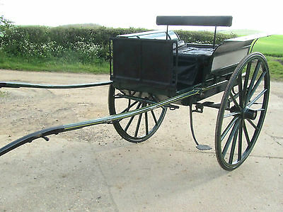 A Victorian Horse Drawn Dog Cart, Pony Trap, Rally Cart