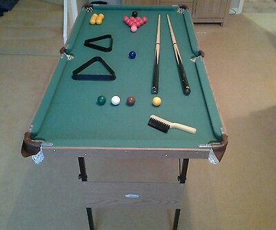 SNOOKER /POOL TABLE 4ft /2ft 6