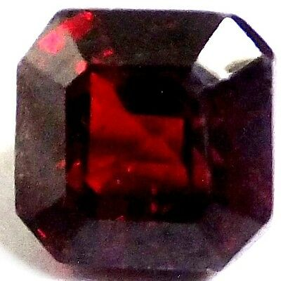 NATURAL EXCELLENT DEEP RED GARNET LOOSE GEMSTONES (7.5 x 7.5 mm)  EMERALD CUT