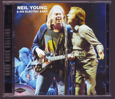 Neil Young & His Electric Band - Hard Rock Calling - Crystal Cat