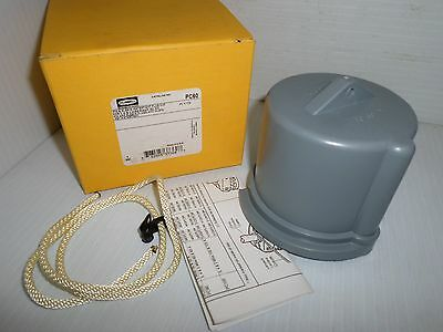 NEW HUBBELL PC60 60-Amp PIN&SLEEVE WATERTIGHT PLUG CAP 60A   NEW IN THE BOX
