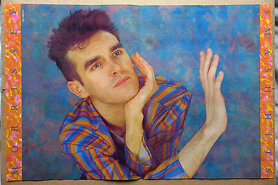 Morrissey Smash Hits Centerfold magazine POSTER 17x11 inches (1985?)