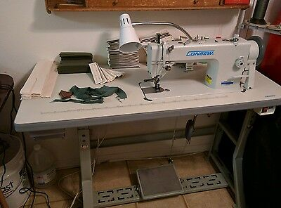 Consew P1206RB Walking Foot Leather and Upholstery Sewing Machine W/LOTS of Xtra
