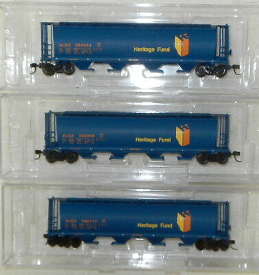 3 x InterMountain N Scale Alberta Government 4 Bay Cylindrical Covered Hoppers