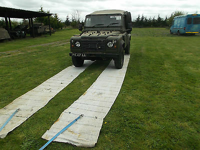 Land Rover Wolf Military Tyre Grip Mud Snow Sand Recovery Mats Portable Road