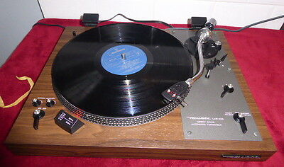 Realistic LAB400 Direct Drive Turntable in MINT condition SME type headshell