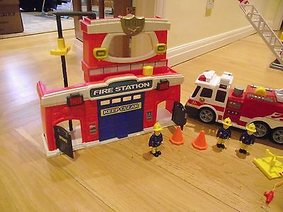 Great kids toy fire station set with fire station, burning building and engines
