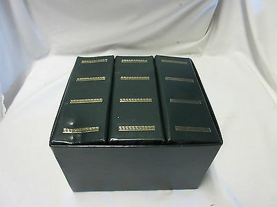 Green  Photo File Box w 3 Albums Holds 300  4 by 6 Inch Photos!