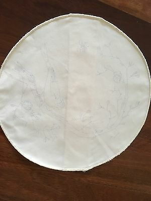 Traced linen Bird on Branch unworked Doily Holder to embroider Edged Exc