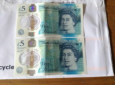 Pair Of New Style Plastic/Polymer £5 Notes With Consecutive Serial Numbers