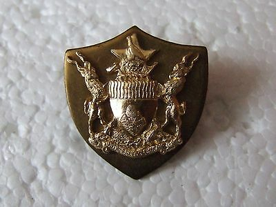 Southern Africa Zimbabwe Army General Service Corps Cap / Beret Badge