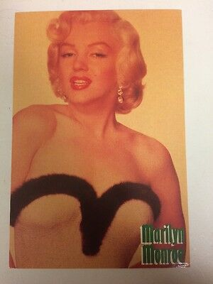 MARILYN MONROE 80s POSTCARD 1950s glamour In Fur Trimmed top