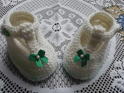 Hand Knitted  Baby Shoes / Booties 3-6 Months T-Bar