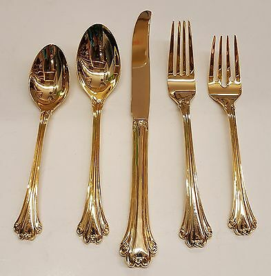 Choice Piece Oneida Community Golden Royal Chippendale Stainless Serving Item