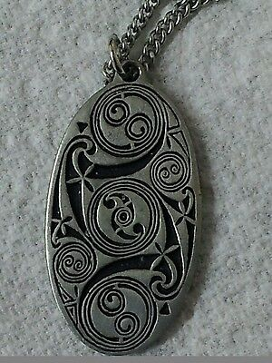 "St Justin Pewter Pendant Necklace Celtic Swirl Design 18"" Chain"