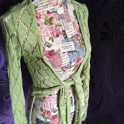 New green knit shrug One Size