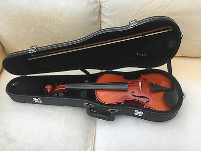 3/4 size Violin Maurice Debourde With Bow & Case