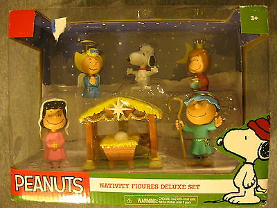2015 PEANUTS CHARLIE BROWN CHRISTMAS 7 Pc. NATIVITY DELUXE FIGURES PLAY SET NEW