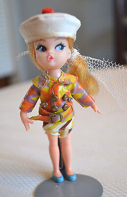1967 Hasbro Tiny Airline Dolly Darling Doll