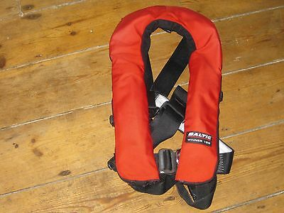 Baltic Winner 150 Automatic Lifejackets with Harness and Lights   Red   Adult