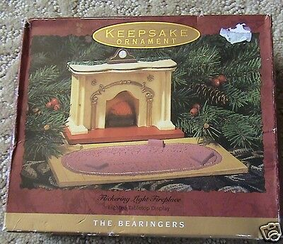Hallmark Keepsake The Bearingers Flickering Fireplace Ornament 1993 Boxed