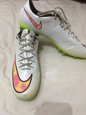 White Nike Mercurial Vapor Size 9.5 UK