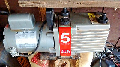 Edwards E2M5 1/2HP Two-Stage High Vacuum Pump 1725/1425RPM 1PH 115/230V