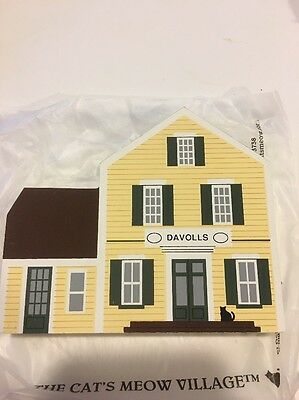 Cat's Meow Davolls General Store, Wood Block 3D House Collectible Decor