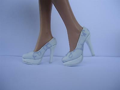 Shoes for Gen-2 Sybarite doll (73)