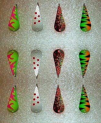 12 Russian Ice Fishing Jigs / Spoons Great Colors                        Lot-25B