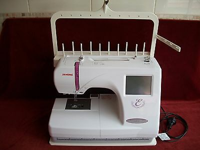 Janome Embroidery Machine 350E &  Digitizing Jr Software Package & Extras