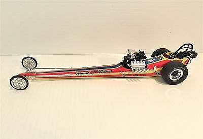 """1320 Fuelers Bennie Osborn """"The Wizard"""" Fuel Dragster L E 1:24 Diecast Boxed"""