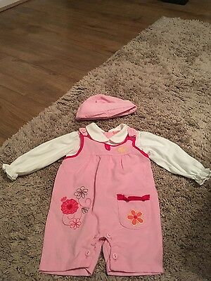 baby girls  age 3-6 months trouser  suit with hat