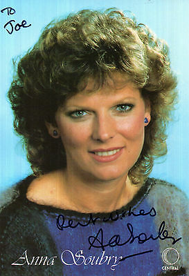 ANNA SOUBRY NOW MP EARLY HANDSIGNED CENTRAL TV PROMO PHOTOGRAPH 6 x 4
