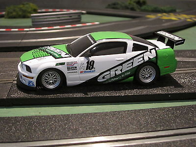 """Brand New Boxed Ninco (Scalextric) Ford Mustang """"green"""" Racing Car"""
