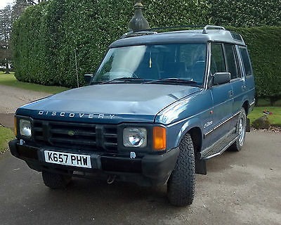 Land Rover Discovery 1 V8  Delivery available