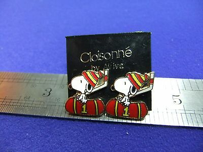 vtg snoopy ice hockey earrings enamel on card 1970s peanuts schulz unused